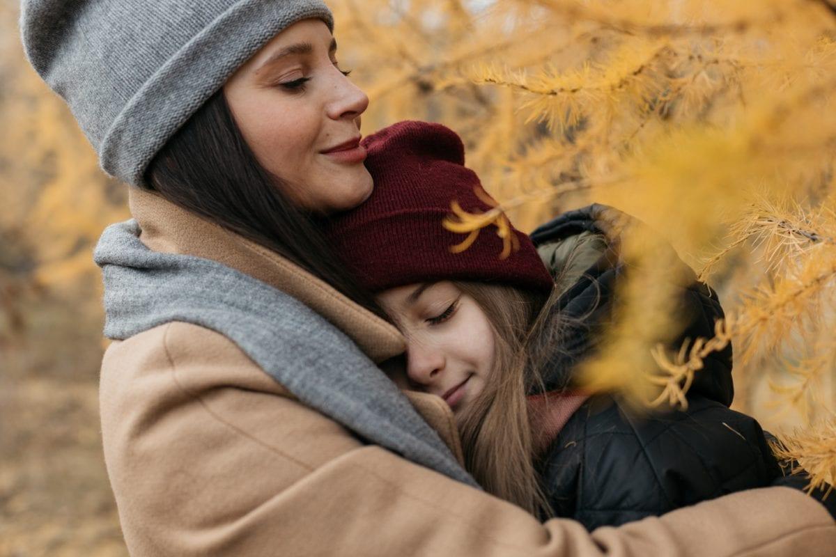 family, mom, daughter